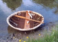 Coracle_http://www.marinefilm.co.uk/Detail.asp?CatId=1&SubCatId=4&Id=60